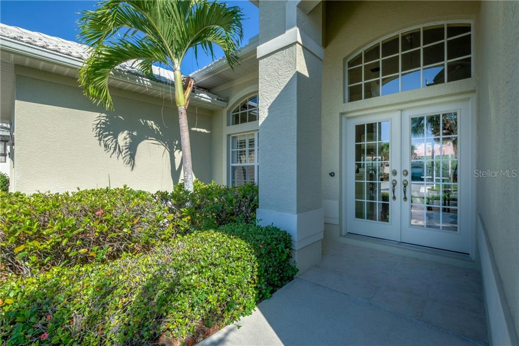 New Supplement - Single Family Home for sale at 601 Mossy Creek Dr, Venice, FL 34292 - MLS Number is N6100359