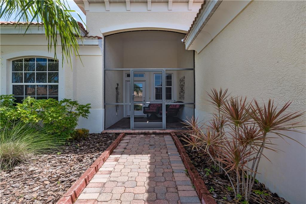 CDD - Single Family Home for sale at 11513 Dancing River Dr, Venice, FL 34292 - MLS Number is N6100495