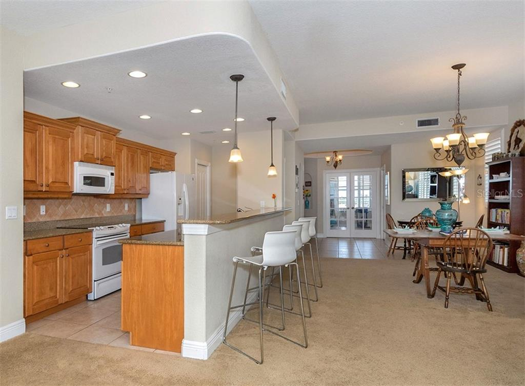 Kitchen/dining area - Condo for sale at 167 Tampa Ave E #612, Venice, FL 34285 - MLS Number is N6100834