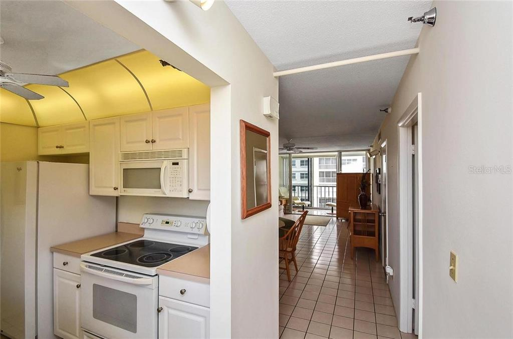 Interior from entry - Condo for sale at 232 Saint Augustine Ave #405, Venice, FL 34285 - MLS Number is N6101830