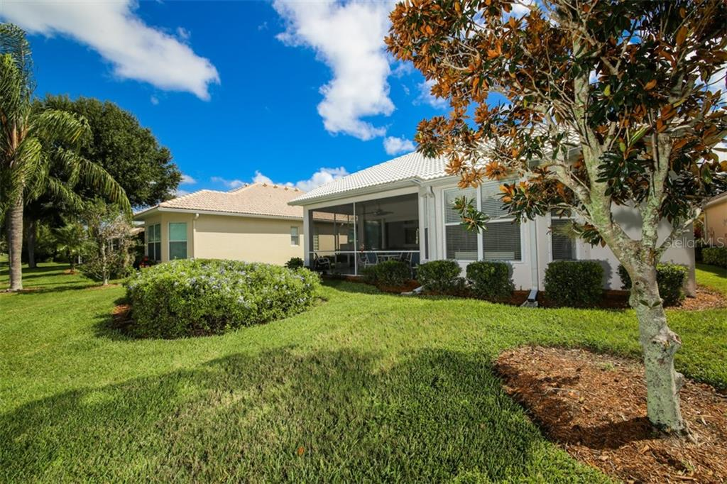 Single Family Home for sale at 549 Misty Pine Dr, Venice, FL 34292 - MLS Number is N6101832