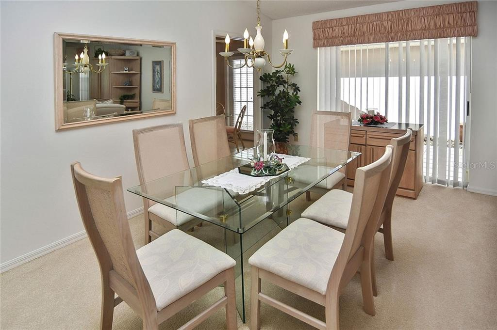 Dining room - Villa for sale at 740 Brightside Crescent Dr #21, Venice, FL 34293 - MLS Number is N6102676