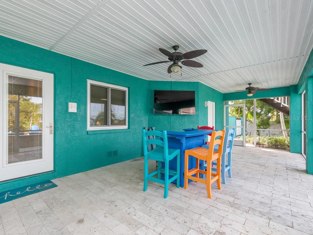 Lania - Single Family Home for sale at 735 Eagle Point Dr, Venice, FL 34285 - MLS Number is N6103576