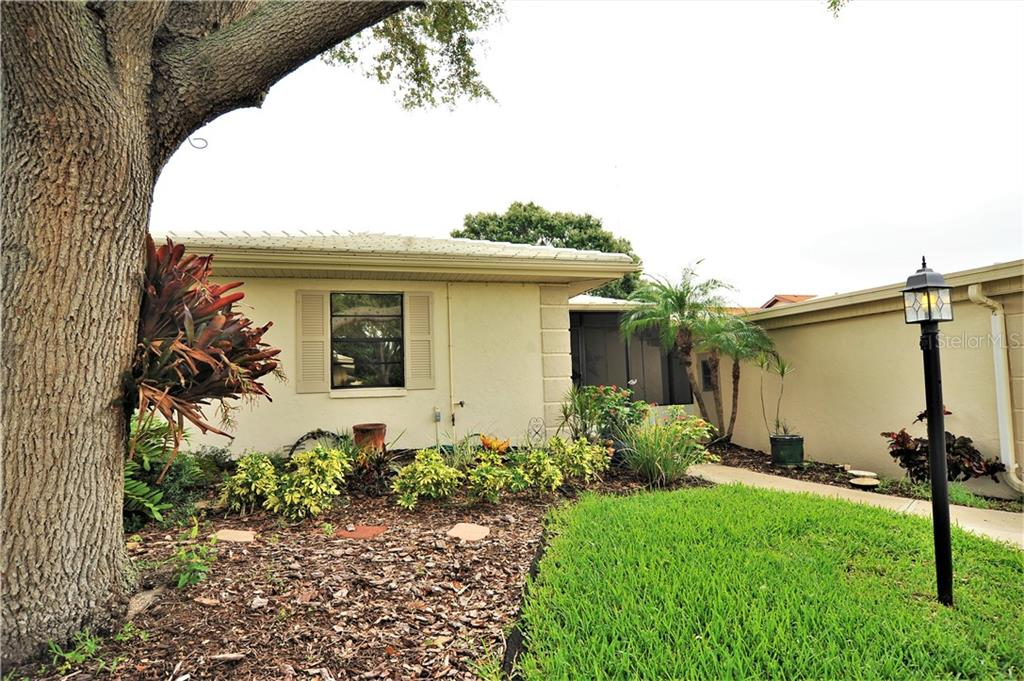 Condo for sale at 305 Dante Dr #305, Nokomis, FL 34275 - MLS Number is N6104225