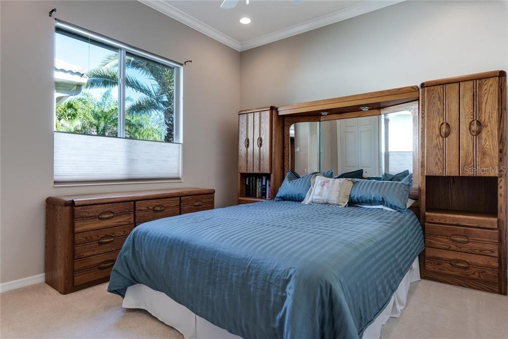 Bedroom 3 - Single Family Home for sale at 821 Adonis Pl, Venice, FL 34292 - MLS Number is N6104303