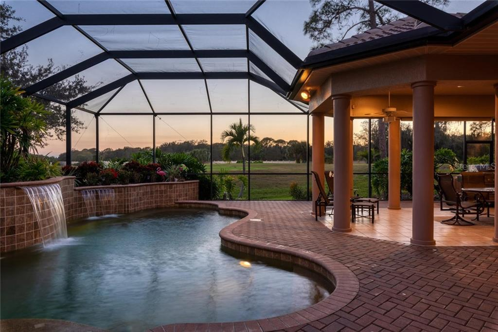 Outdoor entertaining - Single Family Home for sale at 821 Adonis Pl, Venice, FL 34292 - MLS Number is N6104303