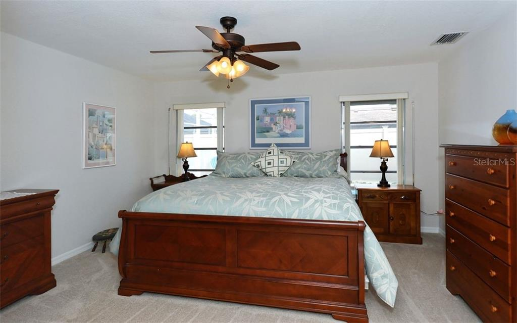 Master bedroom - Single Family Home for sale at 1460 Strada D Argento, Venice, FL 34292 - MLS Number is N6104612