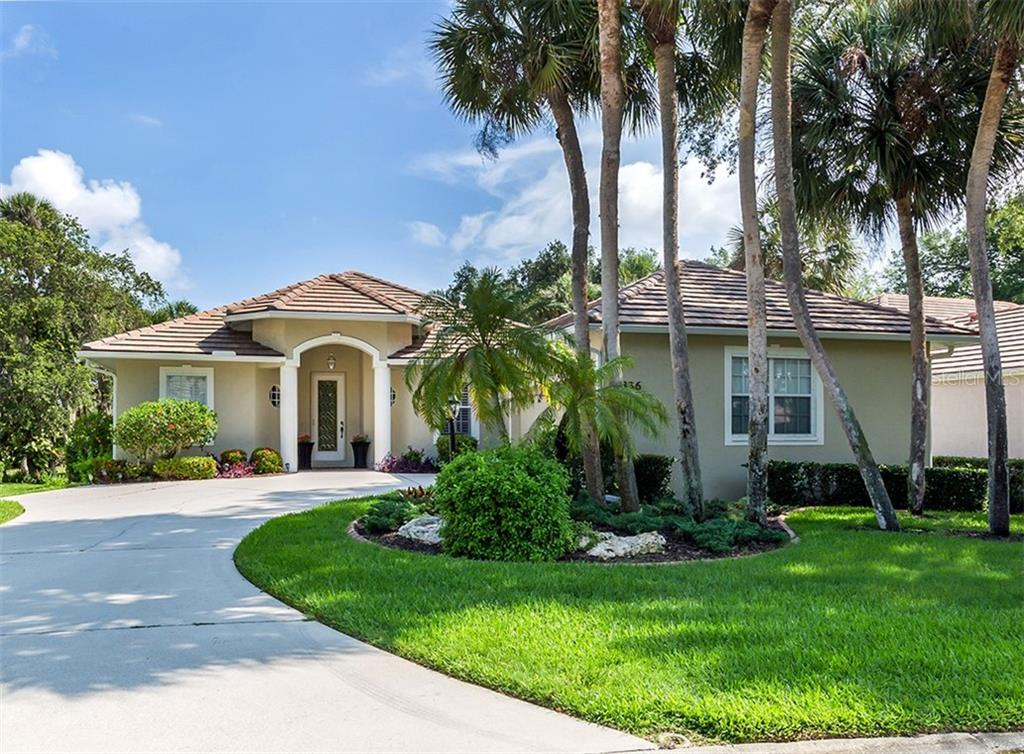 Front - Single Family Home for sale at 836 Connemara Cir, Venice, FL 34292 - MLS Number is N6105684