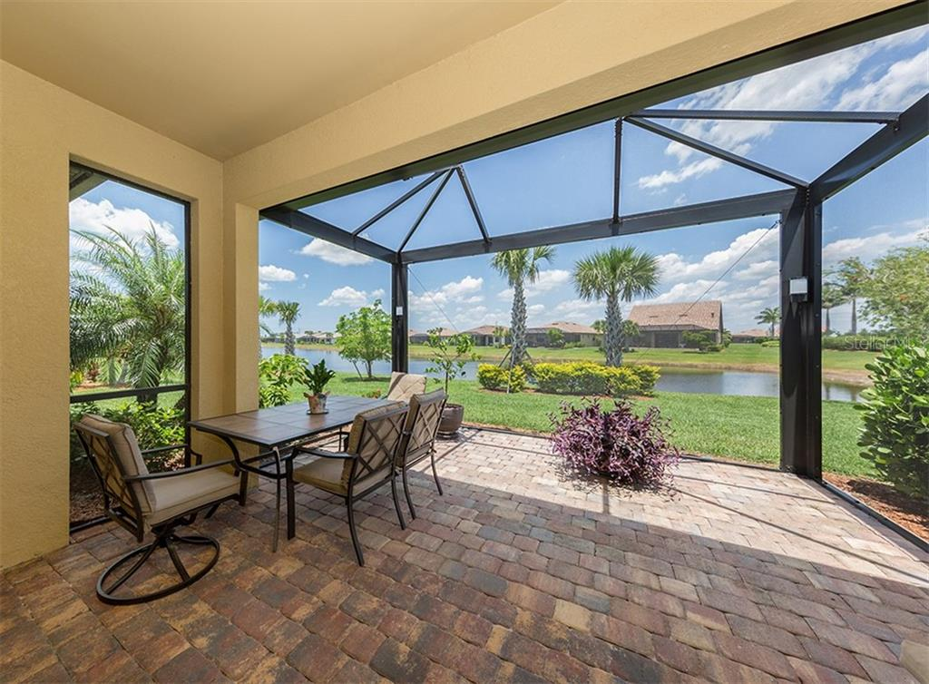 Single Family Home for sale at 13808 Rinuccio St, Venice, FL 34293 - MLS Number is N6105716