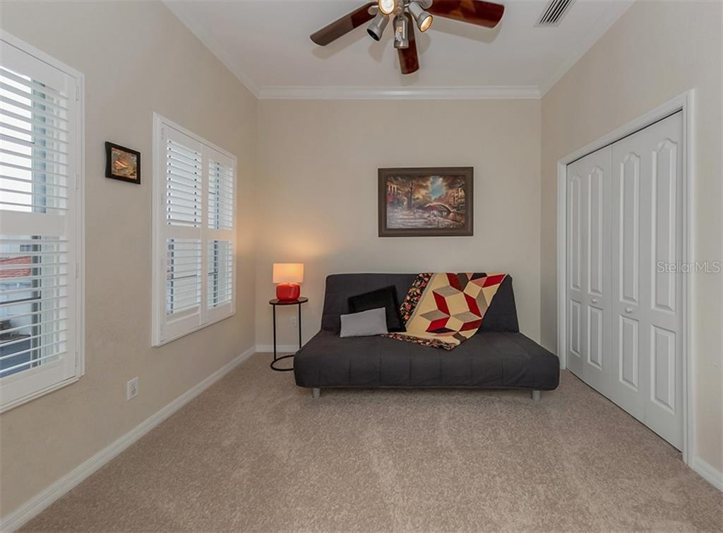 Bedroom 3 - Condo for sale at 806 Ravinia Cir #806, Venice, FL 34292 - MLS Number is N6106331