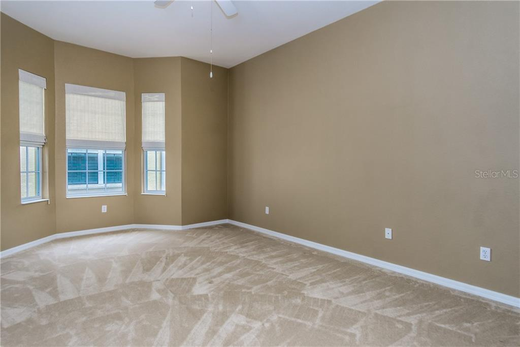 Beautiful Venice Beach - Condo for sale at 1910 Triano Cir #1910, Venice, FL 34292 - MLS Number is N6106332