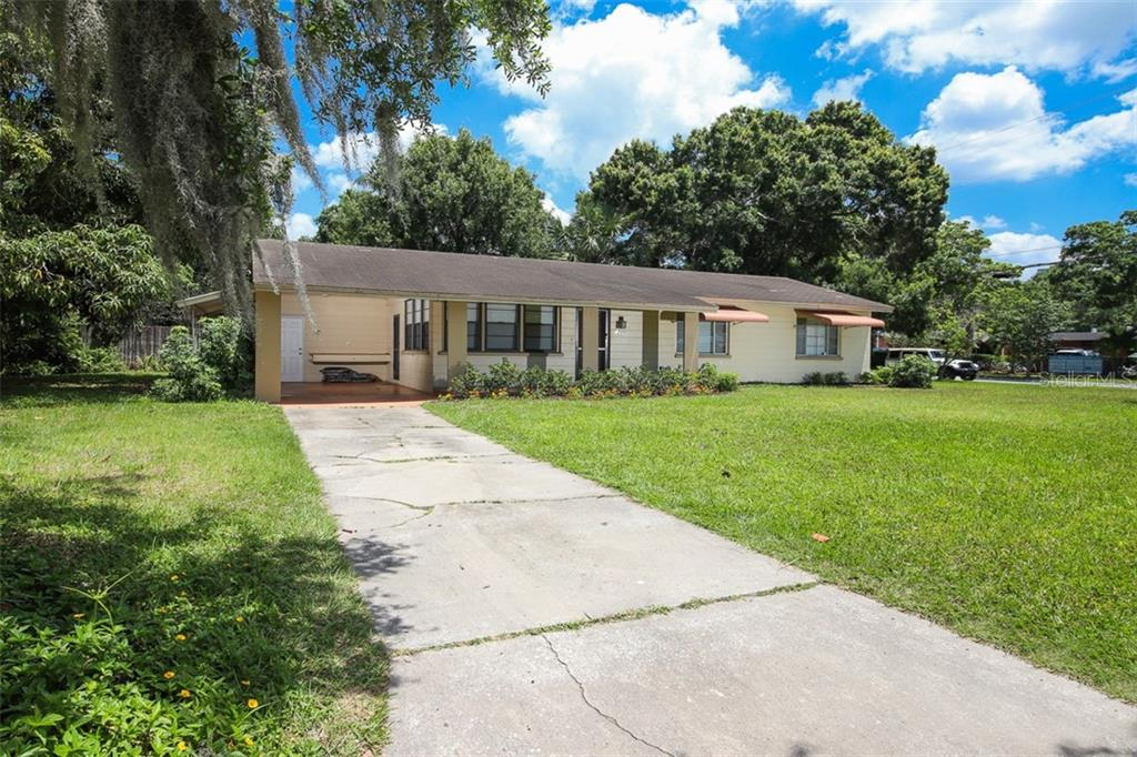 Single Family Home for sale at 1795 Waldemere St, Sarasota, FL 34239 - MLS Number is N6106896