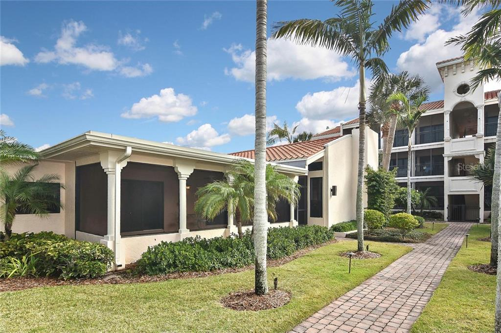 Exterior - Condo for sale at 718 Golden Beach Blvd #3, Venice, FL 34285 - MLS Number is N6107011