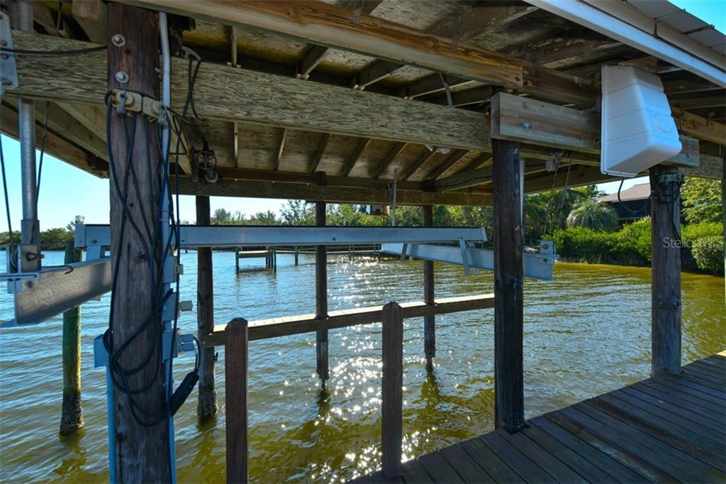 Boat house - Single Family Home for sale at 7785 Manasota Key Rd, Englewood, FL 34223 - MLS Number is N6107786