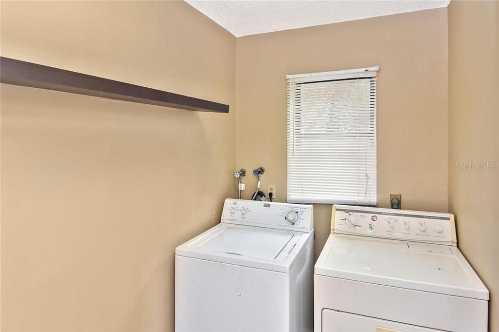 Laundry room - Single Family Home for sale at 5681 Hale Rd, Venice, FL 34293 - MLS Number is N6107822