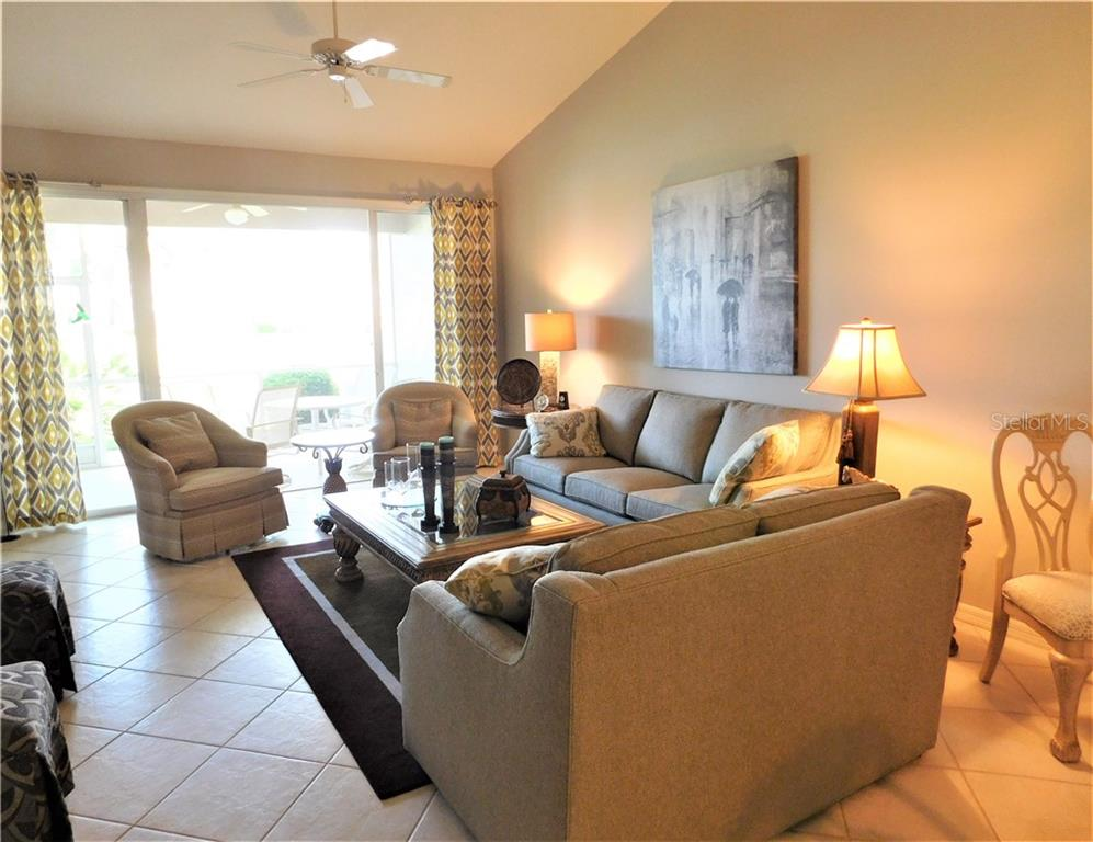 Villa for sale at 885 Chalmers Dr #6, Venice, FL 34293 - MLS Number is N6108126