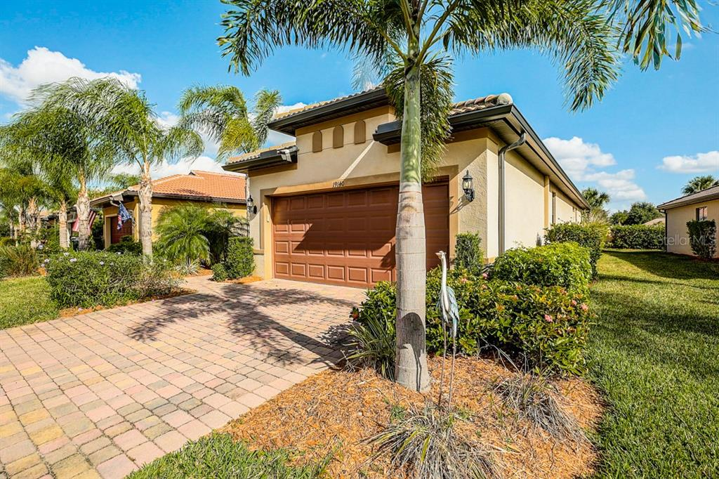 Single Family Home for sale at 19140 Mangieri St, Venice, FL 34293 - MLS Number is N6108643