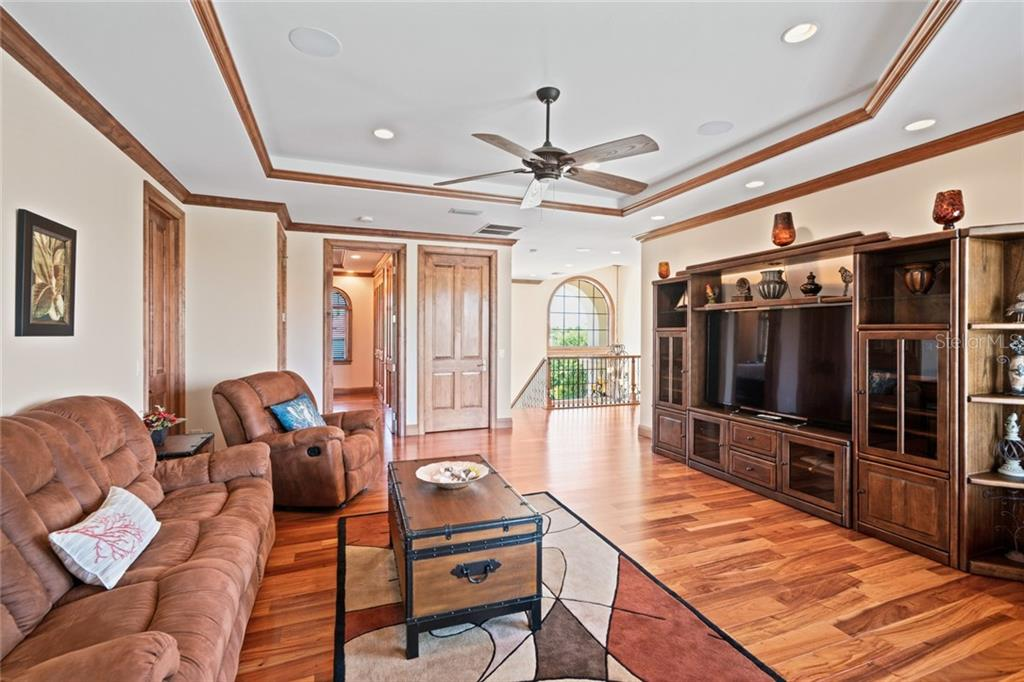 Another view of Upstairs Family Room - Single Family Home for sale at 510 Bowsprit Ln, Longboat Key, FL 34228 - MLS Number is N6110334