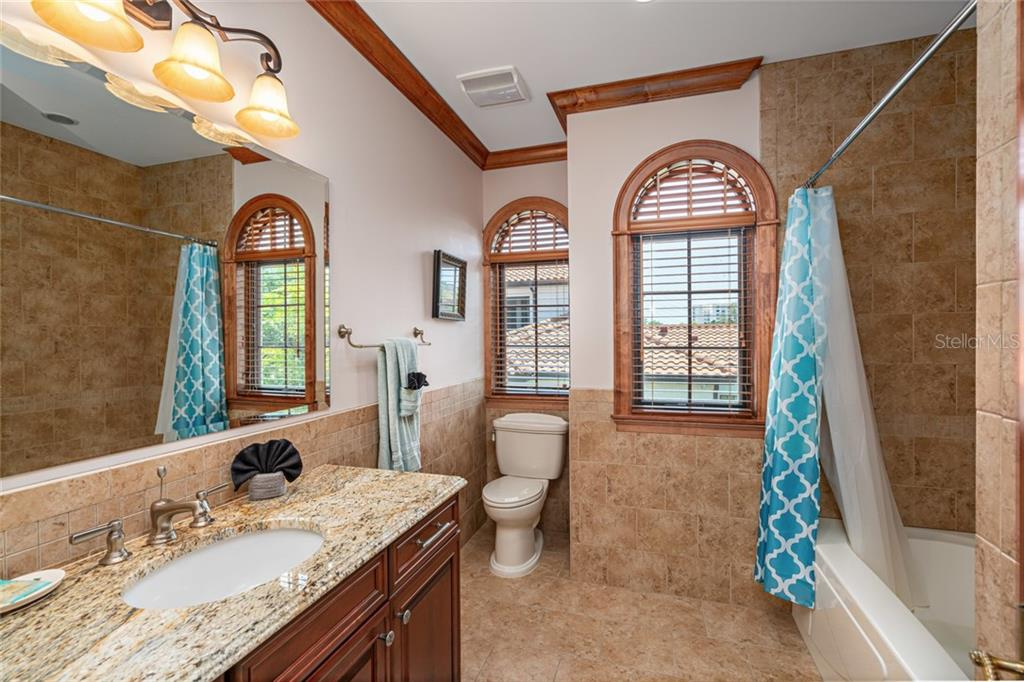 #2 Master Bath 2nd Floor with tub and shower - Single Family Home for sale at 510 Bowsprit Ln, Longboat Key, FL 34228 - MLS Number is N6110334