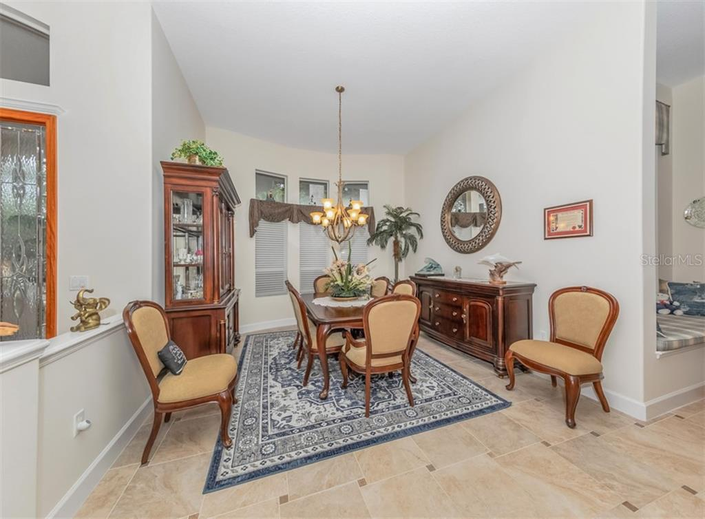 Dining room - Single Family Home for sale at 453 Anchorage Dr, Nokomis, FL 34275 - MLS Number is N6112707