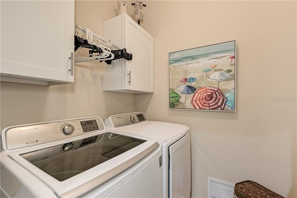 Laundry Room - Villa for sale at 11433 Okaloosa Dr, Venice, FL 34293 - MLS Number is N6113314