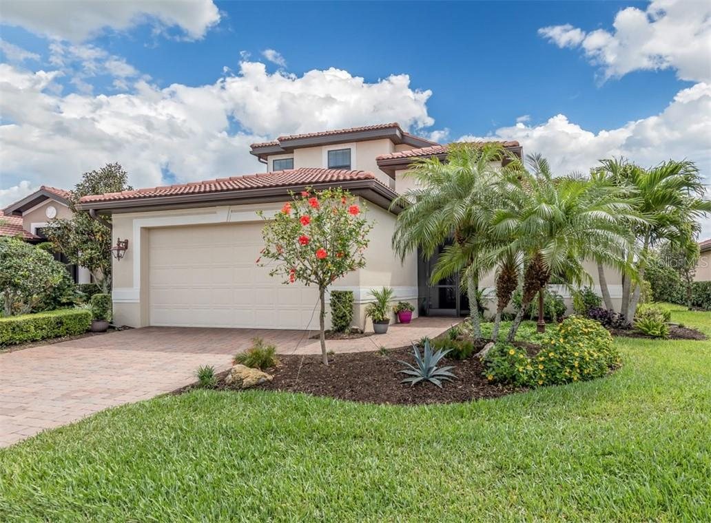 Single Family Home for sale at 1086 Ancora Blvd, North Venice, FL 34275 - MLS Number is N6114593