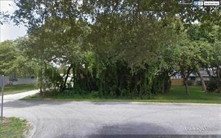 Cedar Rd, Venice, FL 34293