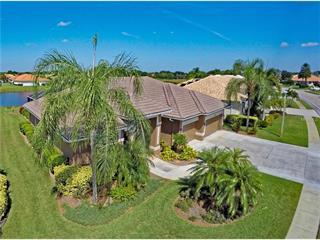 548 Lake Of The Woods Dr, Venice, FL 34293