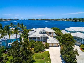 743 Eagle Point Dr, Venice, FL 34285