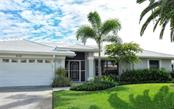 Single Family Home for sale at 516 Warwick Dr, Venice, FL 34293 - MLS Number is N6102550