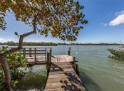 Dock and ICW - Single Family Home for sale at 915 Bayshore Rd, Nokomis, FL 34275 - MLS Number is N6109471