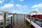 Boat slip - Single Family Home for sale at 725 Eagle Point Dr, Venice, FL 34285 - MLS Number is N6111842