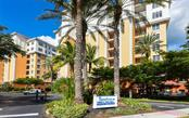 Front gate - Condo for sale at 167 Tampa Ave E #313, Venice, FL 34285 - MLS Number is N6112536