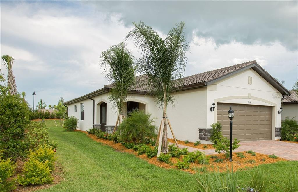 Single Family Home for sale at 7605 Kirkland Cove, Lakewood Ranch, FL 34202 - MLS Number is T3162365