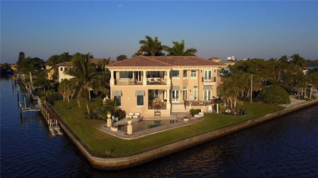 Additional photo for property listing at 640 Rountree Dr 640 Rountree Dr Longboat Key, Florida,34228 United States