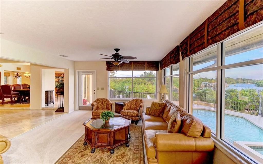Additional photo for property listing at 4024 Casey Key Rd  Nokomis, Florida,34275 United States