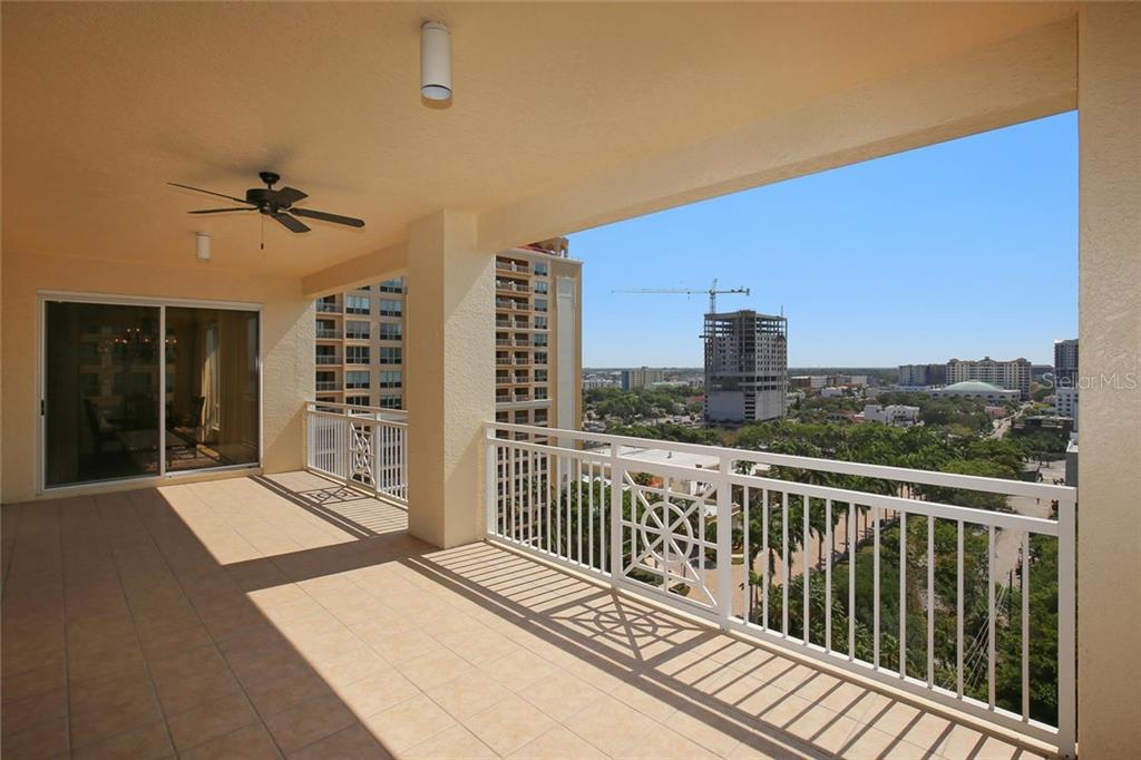 Additional photo for property listing at 35 Watergate Dr #1206 35 Watergate Dr #1206 Sarasota, Флорида,34236 Соединенные Штаты