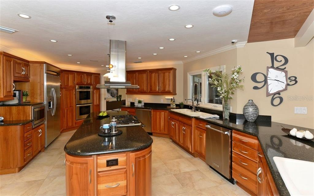 Additional photo for property listing at 3461 Bayou Sound 3461 Bayou Sound Longboat Key, Florida,34228 Vereinigte Staaten