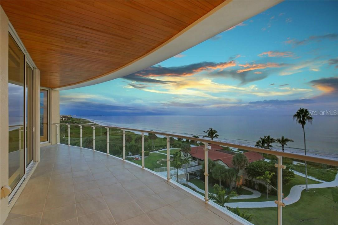 Additional photo for property listing at 2251 Gulf Of Mexico #504 2251 Gulf Of Mexico #504 Longboat Key, Флорида,34228 Соединенные Штаты