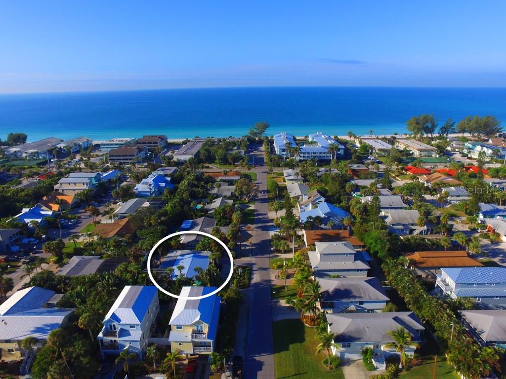 Short stroll to the beach - Single Family Home for sale at 213 70th St, Holmes Beach, FL 34217 - MLS Number is A4202171