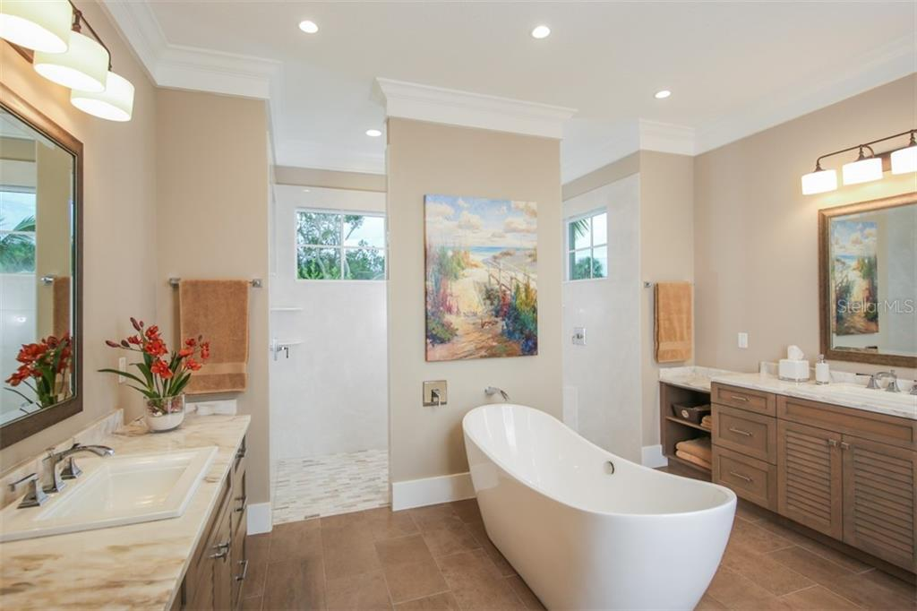 Master Bathroom - Single Family Home for sale at 4847 Primrose Path, Sarasota, FL 34242 - MLS Number is A4415116