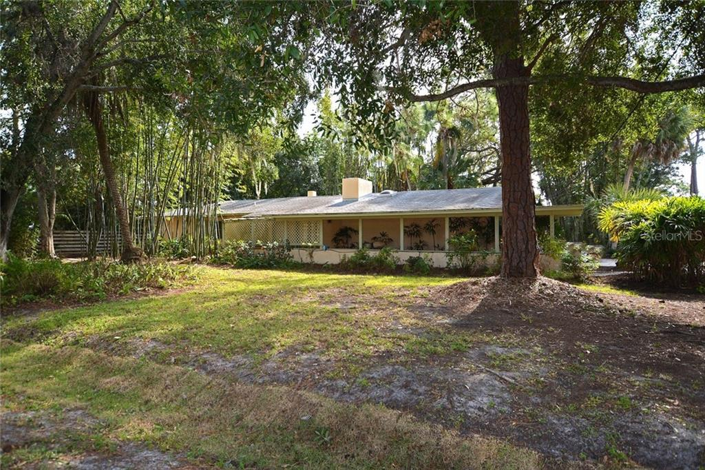 Seller's Property Disclosure - Single Family Home for sale at 1616 N Lake Shore Dr, Sarasota, FL 34231 - MLS Number is A4419648