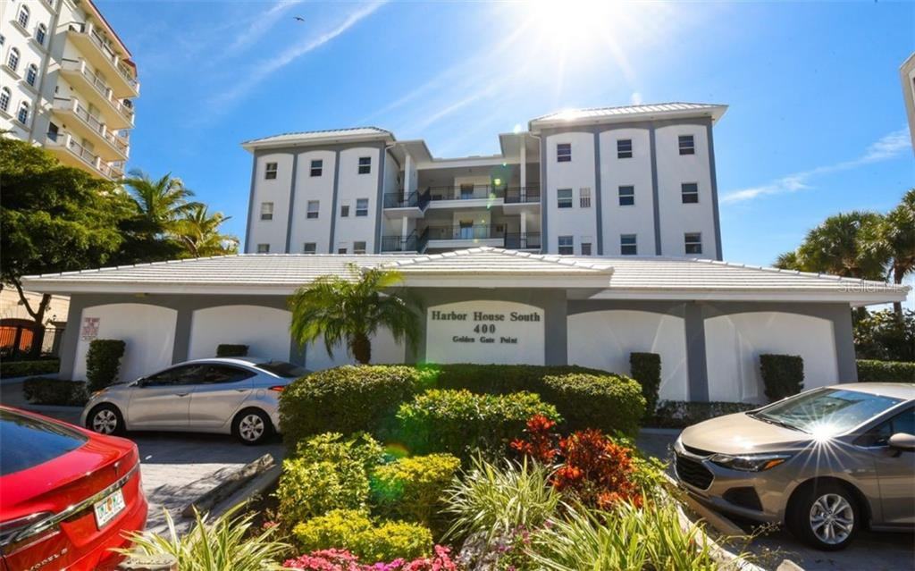 Lead Paint - Condo for sale at 400 Golden Gate Pt #33, Sarasota, FL 34236 - MLS Number is A4426750