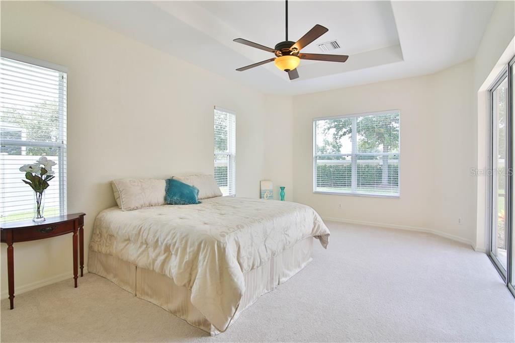 Single Family Home for sale at 6663 38th Ln E, Sarasota, FL 34243 - MLS Number is A4440515