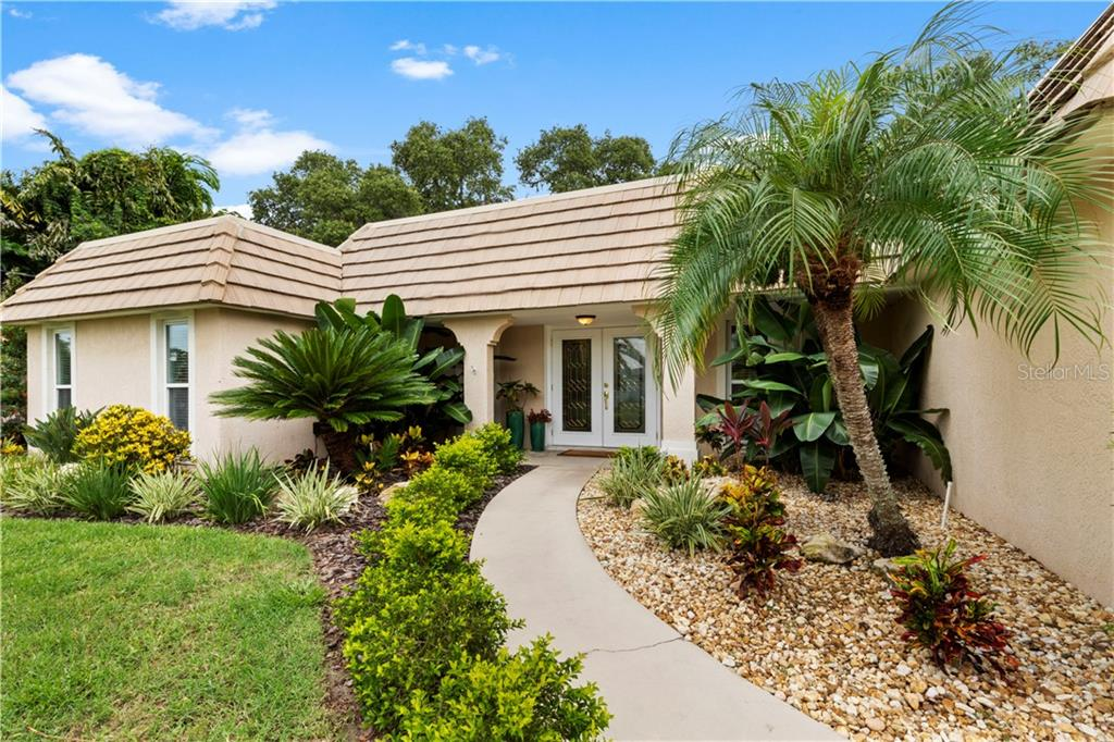 HOA & Mold addendum - Single Family Home for sale at 7642 Cove Ter, Sarasota, FL 34231 - MLS Number is A4441131