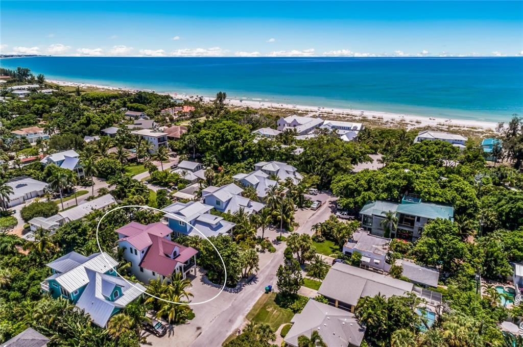Single Family Home for sale at 115 Park Ave, Anna Maria, FL 34216 - MLS Number is A4441584