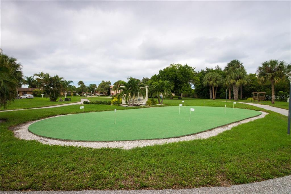 Sit and relax under the gazebo. - Condo for sale at 4001 Catalina Dr, Bradenton, FL 34210 - MLS Number is A4443126