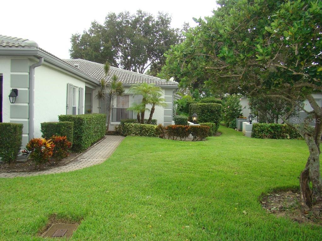 Condo Rider - Villa for sale at 3008 Ringwood Mdw #5, Sarasota, FL 34235 - MLS Number is A4443322