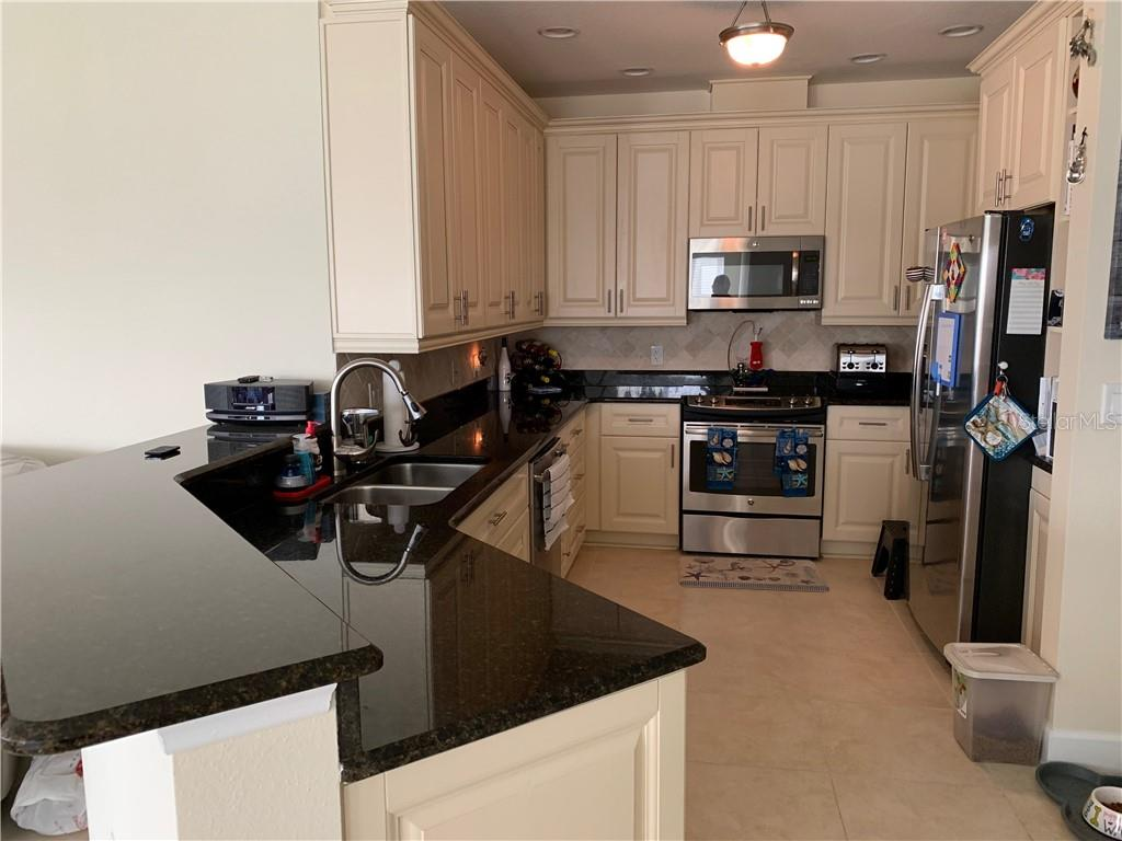 Condo for sale at 7830 34th Ave W #1101, Bradenton, FL 34209 - MLS Number is A4444577