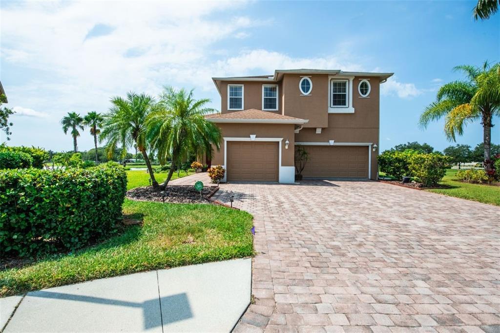 Single Family Home for sale at 3602 67th Ter E, Sarasota, FL 34243 - MLS Number is A4446595